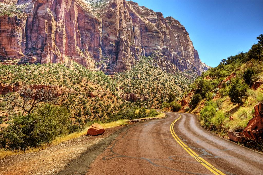Top 15 Best American Road Trips