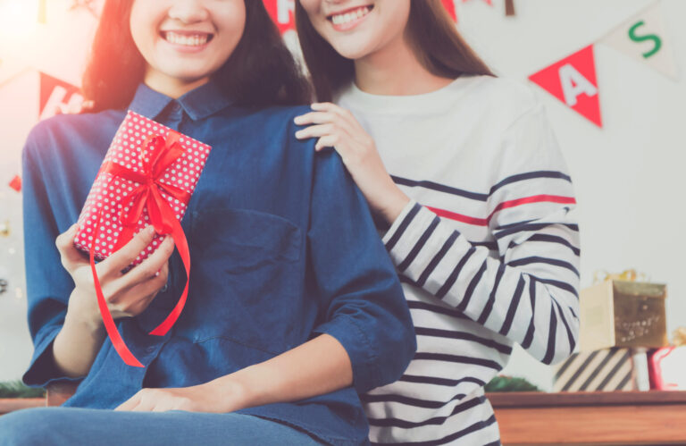 Friends Forever: 4 Gift Ideas for Your BFF