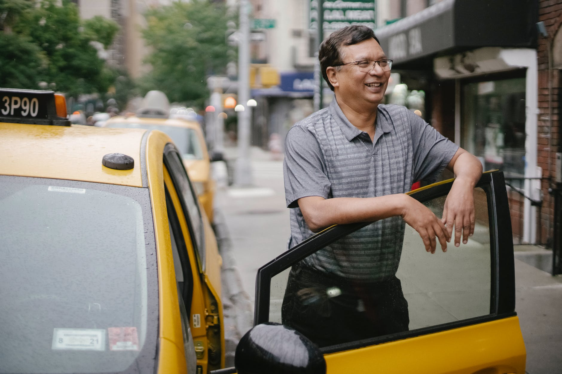 Mistakes to Avoid When Becoming a Taxi Driver